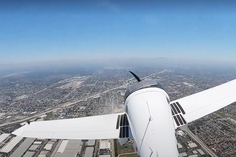 年間飛行可能日数 88%